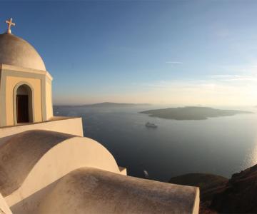 24846293ctBr_Santorini & Crete